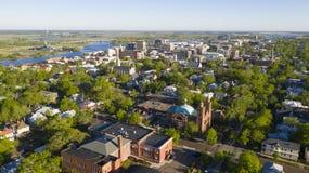 Het groene Centrum Van de binnenstad van de het Satellietbeeldstad van de Bladeren uit Lente Wilmington Noord-Carolina stock afbeeldingen