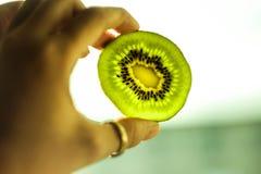 Het groene Fruit van de Kiwi stock afbeeldingen