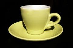 Het groene hoogtepunt van de koffiekop - grootte Stock Foto's