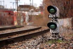 Het groene treinsignaal Stock Foto's
