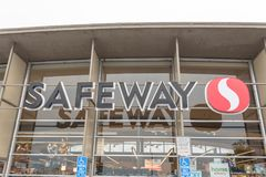 Het grootwinkelbedrijf van de Safewaysupermarkt bij het Noordenstrand, San Francisco, C royalty-vrije stock fotografie