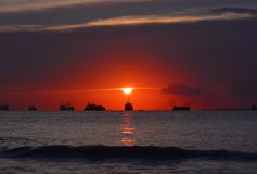 Het grote eiland Indonesië van Zonsondergangmomen Batam Royalty-vrije Stock Foto