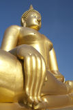 Het grote Gouden standbeeld van Boedha Royalty-vrije Stock Foto
