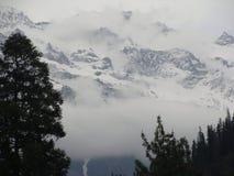 Het grote Himalayagebergte Stock Afbeeldingen