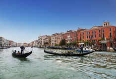 Het Grote kanaal met drijvende gondels, Venetië Royalty-vrije Stock Afbeeldingen