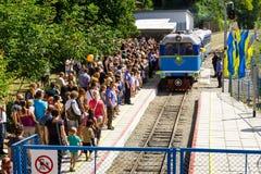 Het grote openen van een lokale spoorweg van kinderen in Uzhgorod Stock Afbeelding