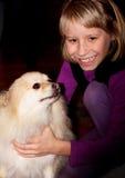 Het grote Puppy van de Liefdes van de Glimlach Stock Afbeelding