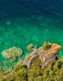 Het grote rotsachtige outcropping in vorm van een kikker Stock Fotografie