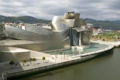 Het Guggenheim-Museum van Eigentijdse die Kunst van Bilbao (Bilbo), op de het Noordenkust wordt gevestigd van Spanje in het Baski stock fotografie