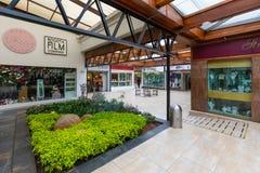 Het handelscentrum van Bogota Santa Barbara in Usaquen-district stock foto