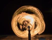 Het hanteren van vuurbol Stock Foto