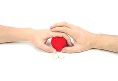 Het hart, de handen en de ringen. royalty-vrije stock afbeeldingen