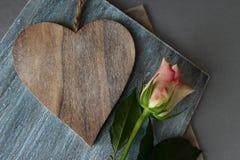 Het hart en nam toe royalty-vrije stock fotografie