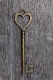 Het hart gaf uitstekende sleutel gestalte Royalty-vrije Stock Foto's