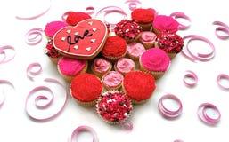 Het hart van Cupcake met liefdekoekje Royalty-vrije Stock Fotografie