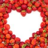 Het hart van de Valentijnskaart van de aardbei Stock Fotografie