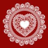 Het hart van het kant op rode achtergrond Royalty-vrije Stock Afbeelding