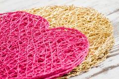 Het hart vormde de Amerikaanse Mat van de Stijl Roze Lijst op Witte Achtergrond Royalty-vrije Stock Foto's