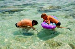Het hebben van pret in Adriatisch water Stock Foto's
