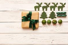 Het heden en de decoratie van Kerstmis Royalty-vrije Stock Foto