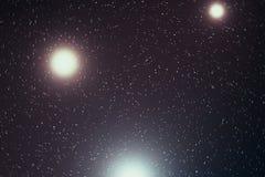 Het heelal vulde met sterren, nevel en melkweg, ruimtestof in het heelal, mooie achtergrond met sterren, het 3d teruggeven royalty-vrije illustratie