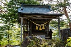 Het heiligdom op het meningspunt van shirakawa-gaat royalty-vrije stock afbeeldingen
