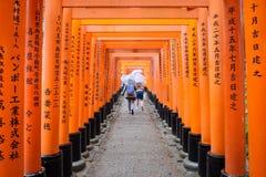 Het Heiligdom van Fushimiinari in Kyoto Japan Stock Foto's