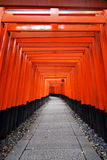 Het Heiligdom van Inari van Fushimi, Kyoto, Japan Stock Foto