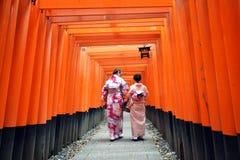 Het Heiligdom van Inari van Fushimi, Kyoto, Japan Stock Foto's