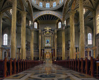 Het heiligdom van Onze Dame van Korstmos - binnen. Stock Fotografie