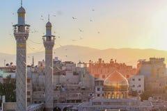 Het heiligdom van Sayedazeinab in Syrië Stock Afbeeldingen