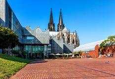 Het Heinrich-Boell-Vierkant in Keulen, Duitsland Stock Foto