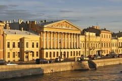 Het herenhuis van telling Rumyantsev op de Engelse promenade Heilige Petersburg Royalty-vrije Stock Afbeeldingen