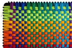 Het herhalen van patroon van multicolored borduurwerk stock foto
