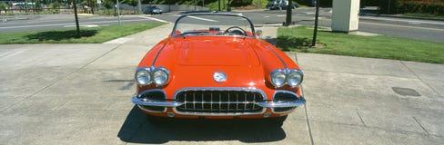 Het herstelde rode Korvet van 1959, vooraanzicht, Portland, Oregon Royalty-vrije Stock Fotografie