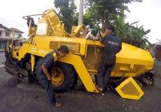 Het herstellen van asfaltafwerker Royalty-vrije Stock Foto's
