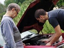 Het herstellen van de auto Stock Afbeelding