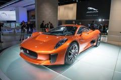 Het het conceptenvoertuig van Jaguar c-X75 vormt de Spookfilm Royalty-vrije Stock Fotografie