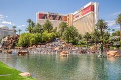 Het het Luchtspiegelinghotel en Casino Stock Fotografie
