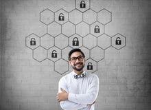 Het hexagonale concept van de slotveiligheid Stock Foto