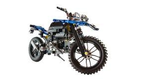 Het high-tech motorfietsstuk speelgoed construeerde het gebruiken van legoblokken stock foto's