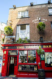 Het historische district van de tempelbar, de populairste bar in Dublin Stock Foto's