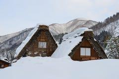 Het historische Dorp van shirakawa-gaat in de winter Stock Afbeelding