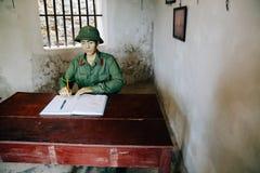 Het historische oriëntatiepunt van het kanonfort in Cat Ba, Vietnam stock afbeelding