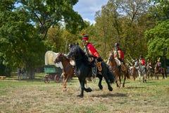 Het historische weer invoeren van Slag van de Drie Keizers in slavkov-Austerlitz, cavalery gaat op de aanval stock foto
