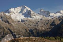 Het Hochgall-hoogtepunt van sneeuw bij daling, van Reintal, Italiaanse Alpen Royalty-vrije Stock Foto's