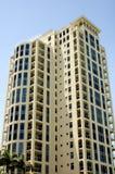 Het hoge Flatgebouw met koopflats van de Stijging Royalty-vrije Stock Foto