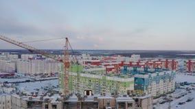 Het hoge stijging de bouw uitgaan Betonconstructie Prefabriceren-monolithische bouw stock footage