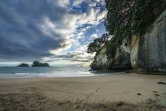 Het hol van kathedraalinham, coromandel, Nieuw Zeeland 1 stock fotografie