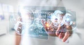 Het hologramscherm met digitale die datas door 3D zakenman wordt gebruikt geeft terug Royalty-vrije Stock Afbeeldingen